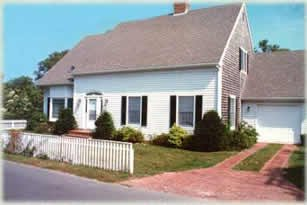Edgartown Corner House